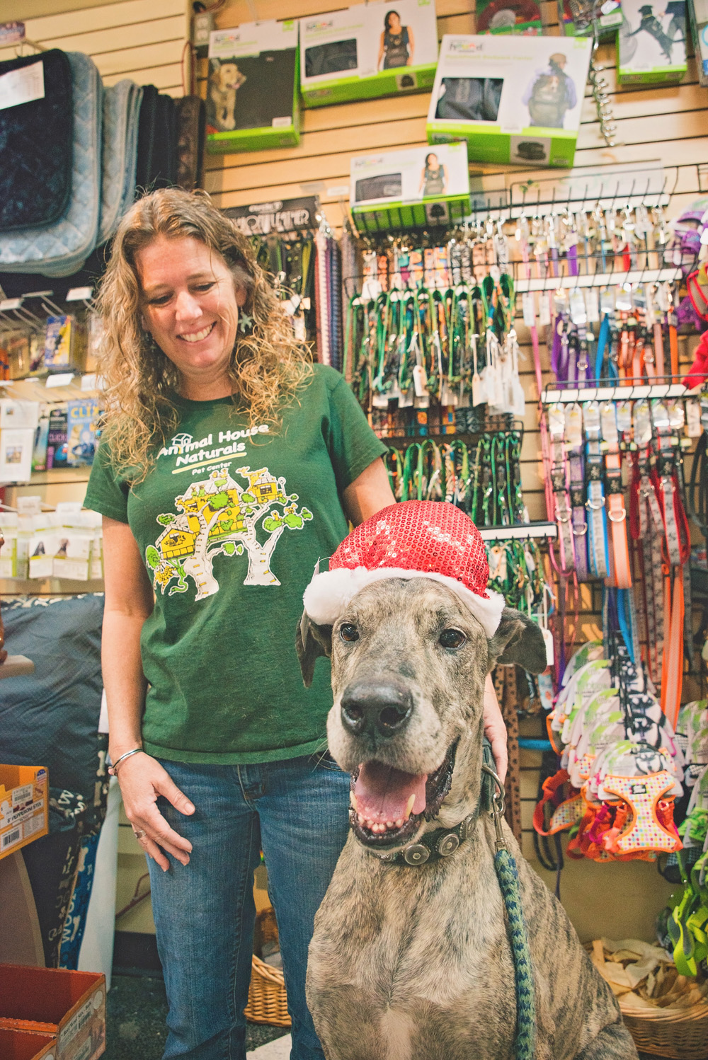 Animal House Naturals: Your Go-To Pet Supplies Store - Green