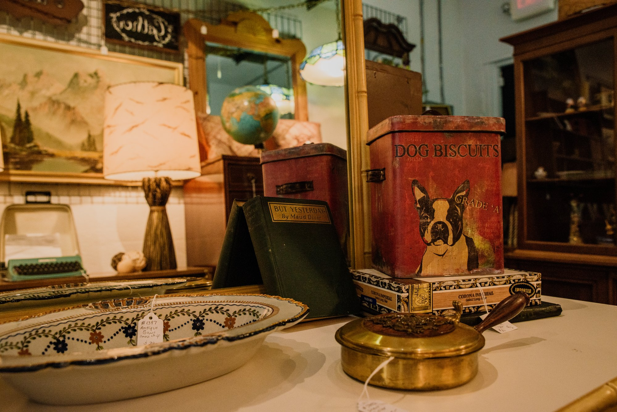 Buster's Antiques. By Kelly Nash Photography.